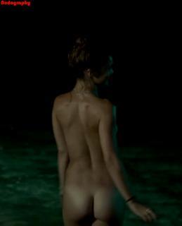 Lola Le Lann Desnuda [737x909] [38.61 kb]