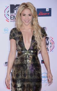 Shakira [1127x1800] [501.55 kb]