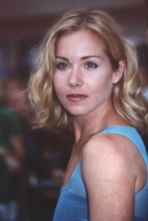 Christina Applegate [800x1194] [66.17 kb]