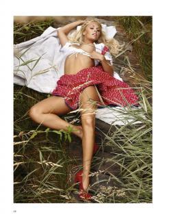 Denise Cotte en Playboy Desnuda [1006x1300] [356.14 kb]
