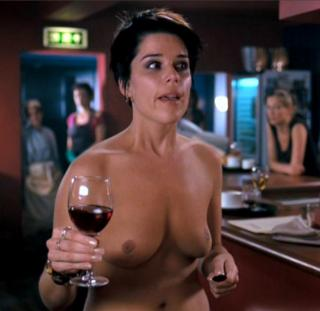 Neve Campbell Nude [815x793] [52.32 kb]