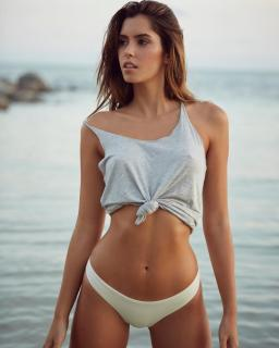 Paulina Vega [740x924] [93.93 kb]