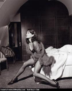 Catherine Zeta Jones [573x726] [50.79 kb]