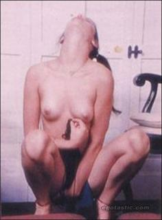 Demi Moore en Playboy Desnuda [369x500] [21.32 kb]
