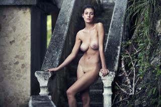 Alejandra Guilmant in Nu Muses 2017 Nude [1350x900] [302.19 kb]