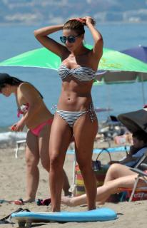 Virginia Troconis en Bikini [515x800] [82.31 kb]