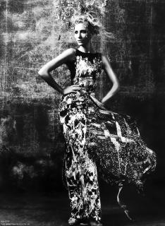 Cate Blanchett [880x1200] [256.73 kb]