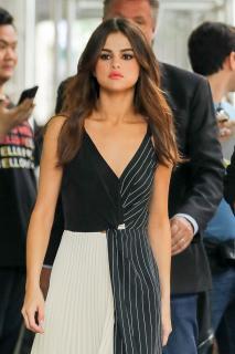 Selena Gomez [740x1110] [173.41 kb]