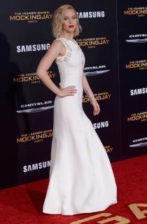 Jennifer Lawrence [1050x1600] [247.76 kb]