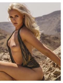 Sarah Knappik en Playboy Desnuda [986x1300] [228.05 kb]