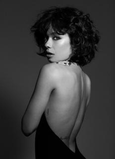 Anna Castillo en Vim Magazine [999x1373] [172.81 kb]
