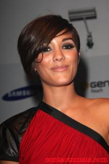 Frankie Bridge [500x750] [43.2 kb]