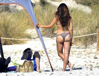 Patricia Pérez en Bikini [800x615] [123.71 kb]