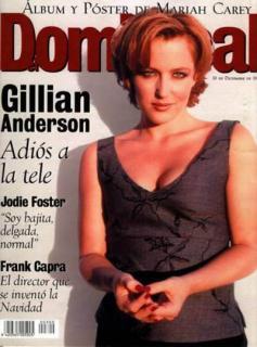Gillian Anderson [400x539] [39.19 kb]