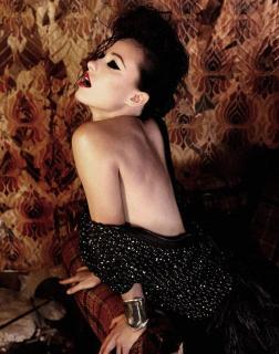 Olivia Wilde en Flaunt [869x1101] [173.93 kb]
