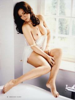 Simone Thomalla en Playboy Desnuda [2633x3472] [1264.93 kb]