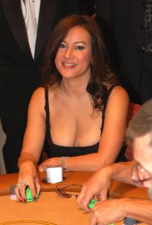 Jennifer Tilly [2036x3000] [411.72 kb]
