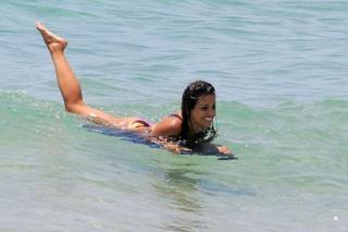 Mónica Cruz en Bikini [800x533] [79.96 kb]