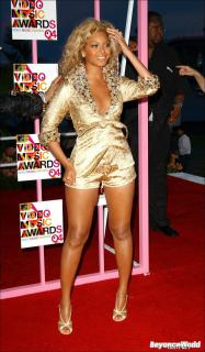 MTV VMA 2004 [1000x1704] [268.54 kb]