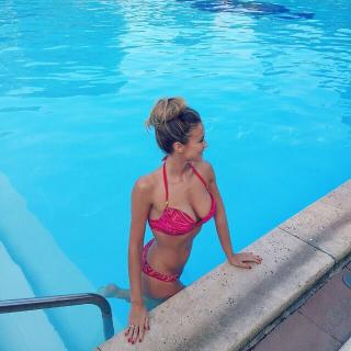Diletta Leotta en Bikini [960x960] [194.22 kb]
