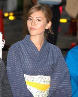 Jessica Michibata [404x500] [29.86 kb]