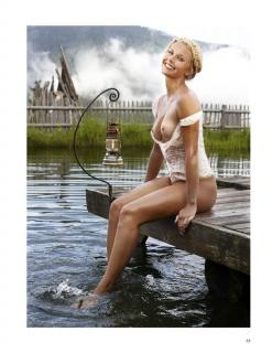 Denise Cotte en Playboy Desnuda [1006x1300] [229.32 kb]