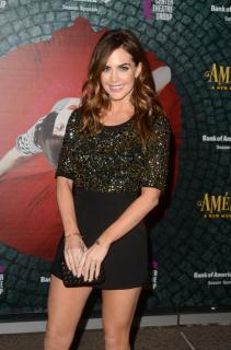 Jillian Murray [740x1117] [191.47 kb]