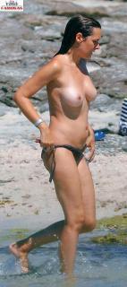 Eva Santolaria en Topless [669x1500] [196.88 kb]