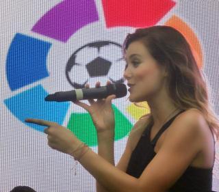 Lorena Gómez [1600x1408] [776.27 kb]