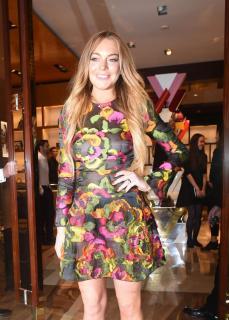 Lindsay Lohan [800x1116] [229.59 kb]