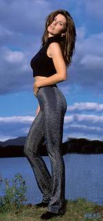 Shania Twain [360x766] [56.64 kb]