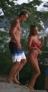Raquel Mauri en Bikini [633x1200] [143.71 kb]
