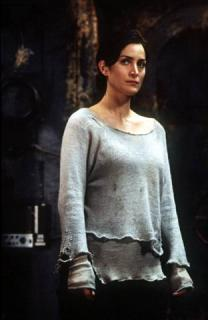 Carrie-Anne Moss [312x480] [20.27 kb]