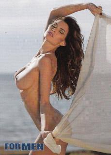 Dayane Mello en For Men Desnuda [715x998] [418.32 kb]