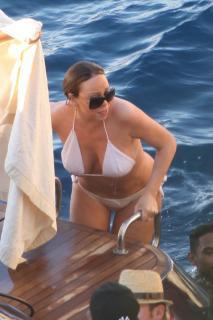 Mariah Carey [800x1200] [165.65 kb]