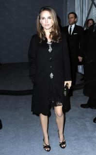 Natalie Portman [1000x1609] [192.45 kb]