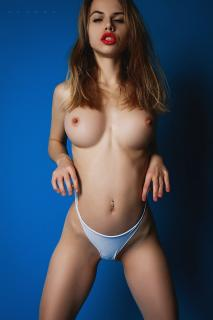 Alexandra Smelova [1333x2000] [496.88 kb]
