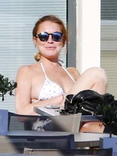 Lindsay Lohan [800x1066] [125.46 kb]