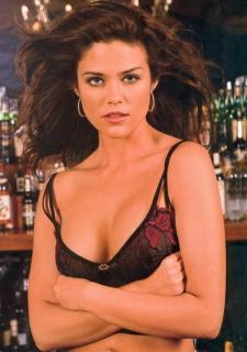 Susan Ward [729x1034] [104.17 kb]