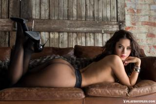 Alexandra Tyler en Playboy [1200x800] [193.66 kb]