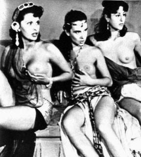 Sophia Loren [432x480] [39.79 kb]
