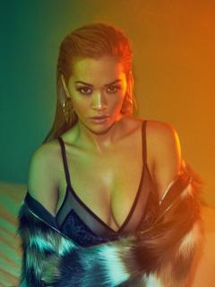 Rita Ora en Vanity Fair [2600x3466] [1687.57 kb]