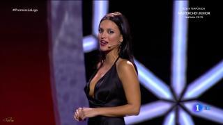 Elisa Mouliaá [1600x900] [115.81 kb]