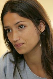 Melanie Winiger [300x450] [18.35 kb]