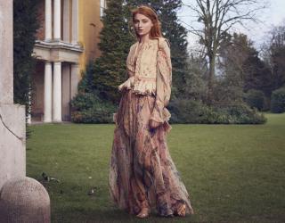 Sophie Turner [1536x1204] [424.19 kb]