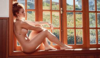 Renata Longaray en Playboy Desnuda [1400x817] [278.43 kb]