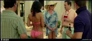 Jordana Brewster en Hogar No Tan Dulce Hogar Bikini [1939x878] [304.75 kb]