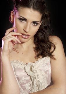 Lorena Mateo en Lanne Magazine [1060x1500] [274 kb]