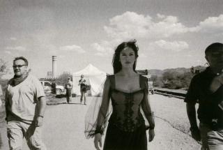 Catherine Zeta Jones [850x572] [70.23 kb]