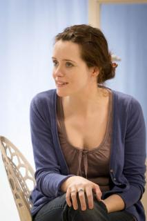 Claire Foy [740x1110] [132.64 kb]